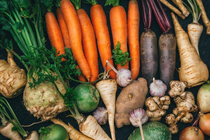 Tisch voller Gemüse